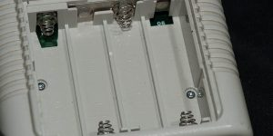 ゲームボーイにアルカリ乾電池使ってたやつwwwwwwwwwwww